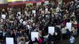 Miles de ecuatorianos han votado en el pabellón de la Mar Bella para elegir presidente