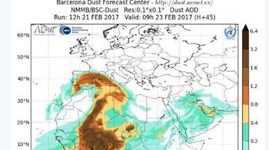 Un núvol de pols africana cobreix la península