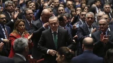 Putin, Trump i Erdogan, de campanya a Holanda