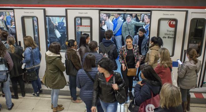 Aglomeraciones por la huelga de metro durante la feria de Alimentaria, a finales de abril.