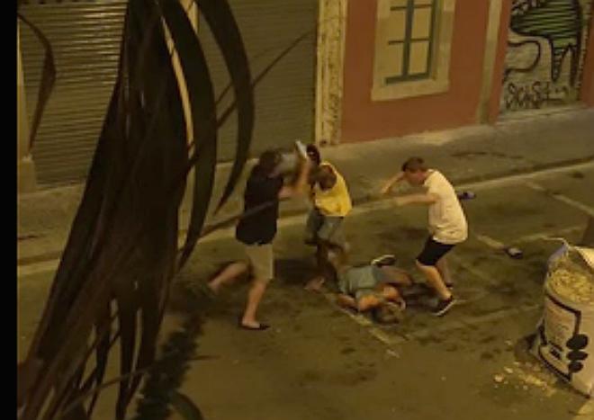 Misteriosa agressió d'un home a un turista borratxo a la Barceloneta