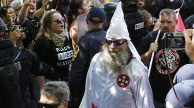 Els grups racistes dels EUA es treuen la caputxa en l'era Trump