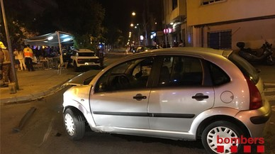 Un accidente en el centro de Terrassa deja cuatro heridos de poca gravedad.
