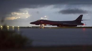 Bombarderos y cazas de EEUU vuelan cerca de Corea del Norte