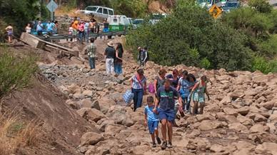 Carretera afectada por las fuertes lluvias cerca de Santiago de Chile.