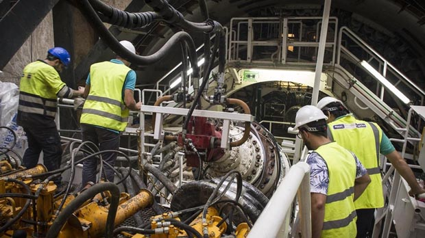 Empiezan en El Prat las obras del túnel de Sants a la T-1 del aeropuerto