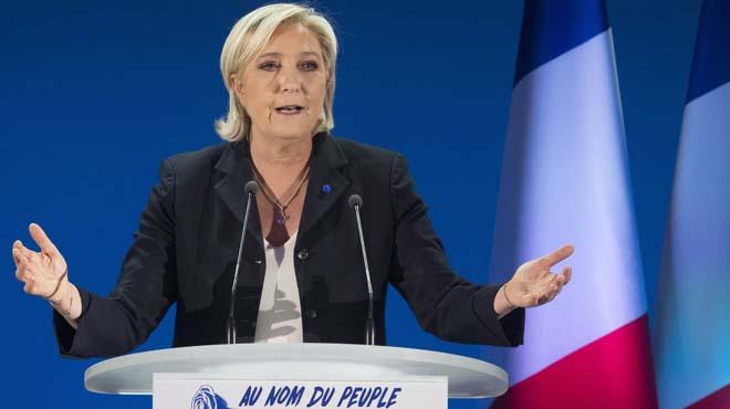 """Le Pen: """"Lo que está en juego es la supervivencia de Francia"""""""