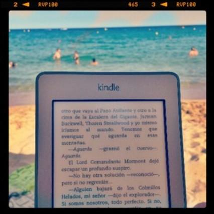 Sol, playa y libro
