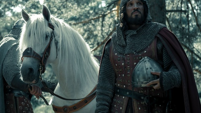 Sergio Peris-Mencheta es el Cid, en 'El Ministerio del Tiempo'.