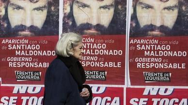 La desaparició d'un artesà en una protesta posa contra les cordes Macri
