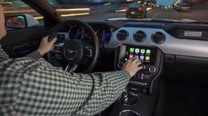 Apple CarPlay en un Ford Mustang.