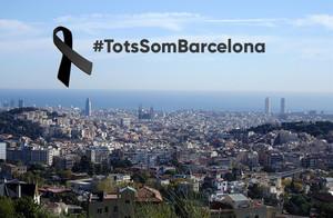 El lema de los municipios catalanes en condena del atentado.