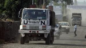 jjubierre41240931 2011 un camion de soldados cascos azules de la onu en las c171208164047