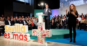 Rajoy clausura un acto del PP en Sevilla