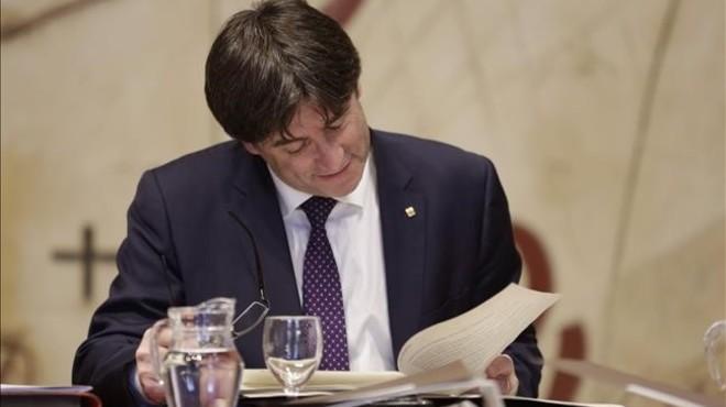 """Puigdemont demana mesures """"possibilistes"""" contra la pobresa"""
