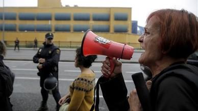 Els interns del CIE d'Aluche interrompen la vaga de fam