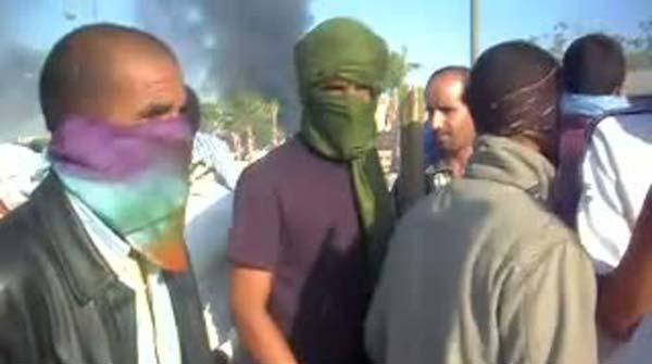 Màxima tensió al campament sahrauí d'Aaiun