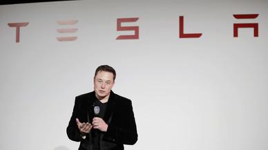Tesla llançarà un camió elèctric al setembre
