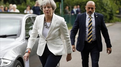 El tret per la culata de Theresa May