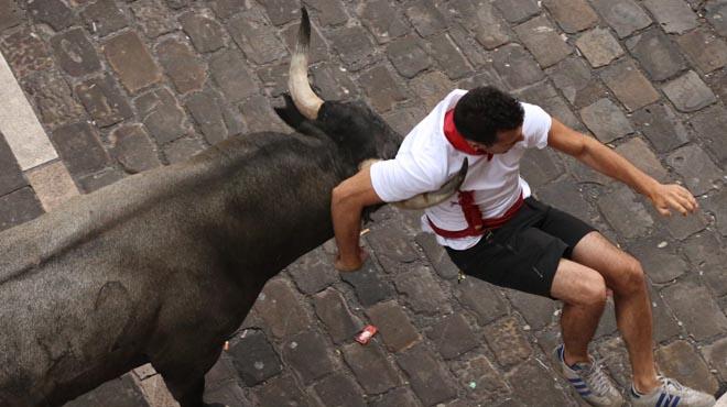 S'eleven a 13 els ferits per banya de toro en el segon 'encierro' de Sant Fermí