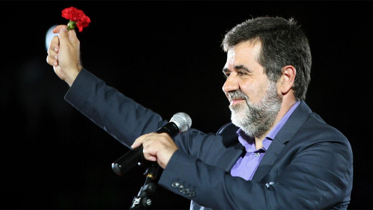 """""""Nos han declarado la guerra, nuestra respuesta es la paz, la libertad y la democracia"""", afirma Jordi Sànchez"""