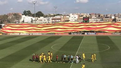 La federació espanyola obre expedient al Reus per exhibir una gran senyera