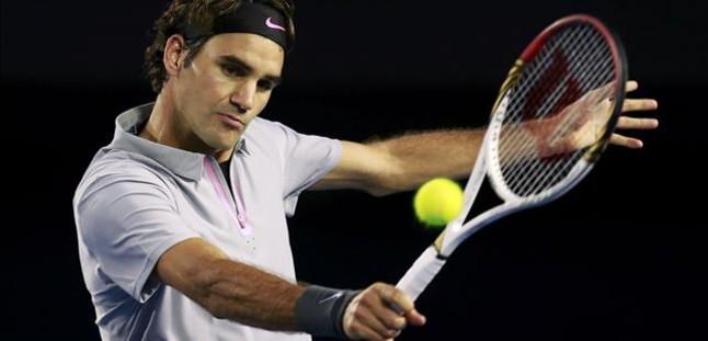 Federer tumba a Tsonga y se medir� en las semifinales con Murray