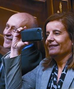 La ministra de Trabajo, Fátima Báñez, en la sesión en el Congreso.