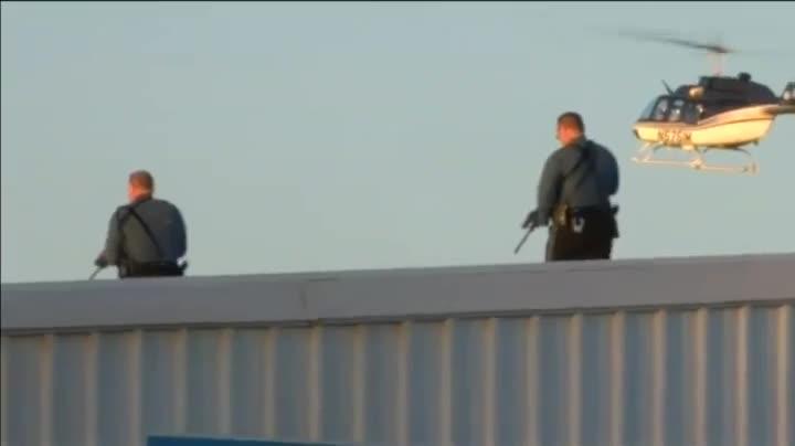 Al menos cuatro muertos en un tiroteo en Kansas