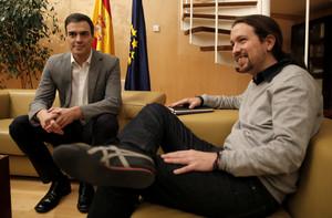 Pedro Sánchez y Pablo Iglesias, durante una reunión en el Congreso.