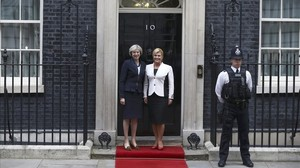 mbenach35873810 britain s prime minister theresa may l greets croatia s pr161011192715
