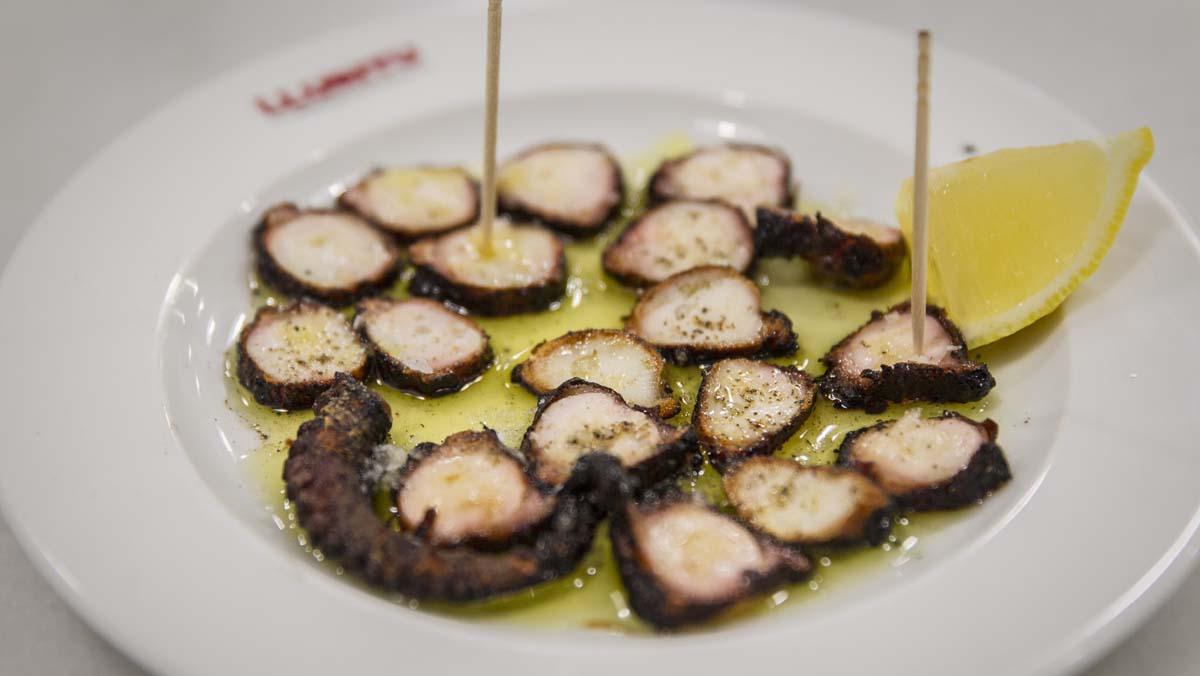On Barcelona: El chef Javier Caballero del Rte. 'Lluritu' nos presenta su 'pop sec'.