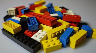 Un niño de 12 años triunfa con una sola pieza de Lego