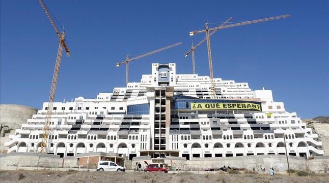 El Tribunal Supremo decide el futuro del hotel Algarrobico