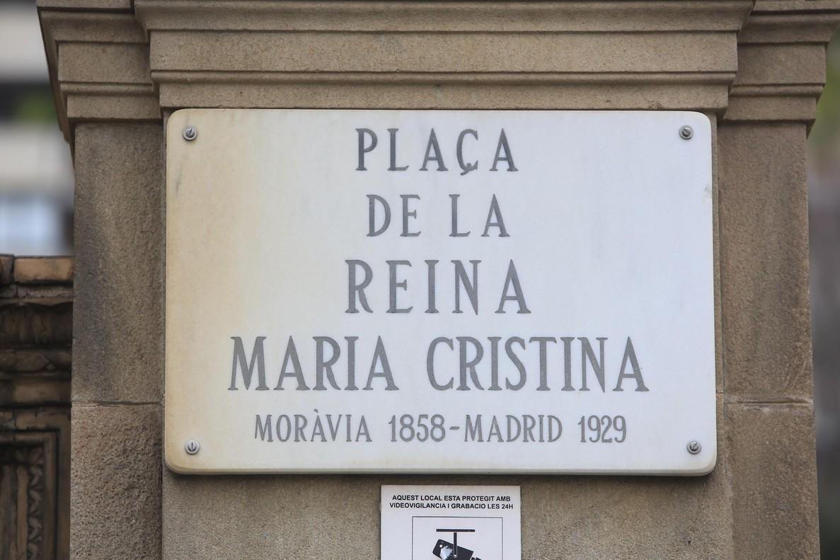 ¿Cuántas calles de Barcelona tienen nombre de mujer?