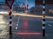 Semáforo a ras de suelo en Bodegraven, Holanda.