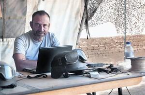 Marc Marginedas, en <BR/>un centro de prensa de Afganistán, en el 2010.