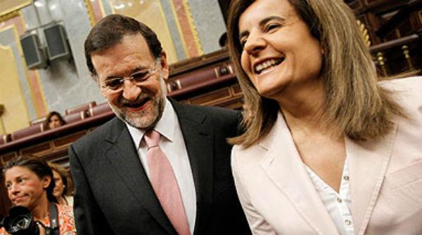 Sube la luz y se congela el salario mínimo. Rajoy hará balance del año tras el último Consejo de 2013.