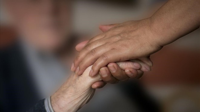 Els científics denuncien el desinterès de governs i farmacèutiques per la recerca en Alzheimer
