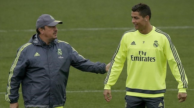 Benítez y Cristiano Ronaldo en un entrenamiento del Madrid en diciembre.