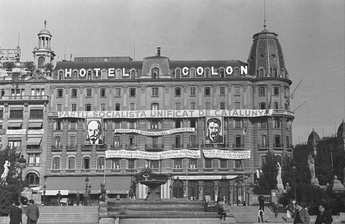 fcasals33173213 1937 la fa ana de l hotel col n amb pancartes d160314173108