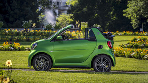 motor-airbag-smart-fortwo-cabrio-electric-drive-brabus