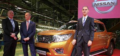 La c�pula de Nissan, hoy en Barcelona, con el nuevo NP300 Navara.