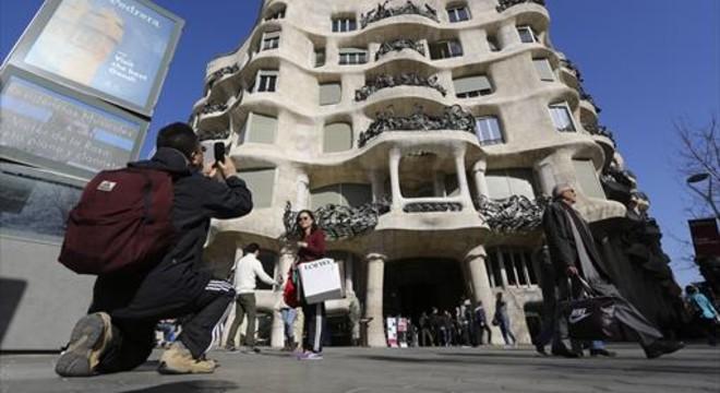 Gaudí, més enllà de Barcelona