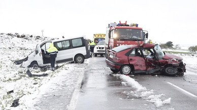 Estado de los vehículos que se han visto implicados en el accidente mortal de Tàrrega.