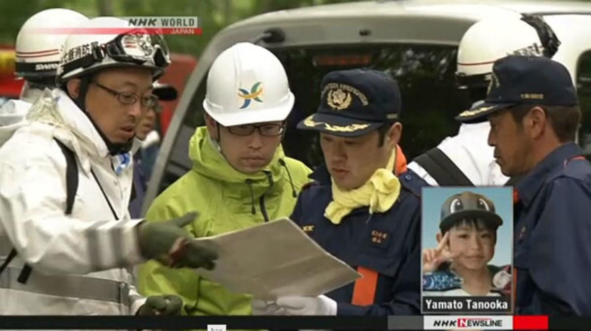 La policia del Japó busca un nen a qui els seus pares van abandonar al bosc com a càstig