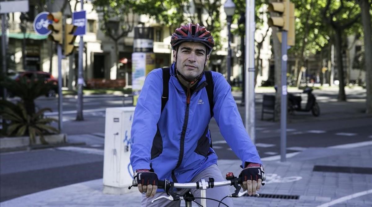 """José A. González, ciclista: """"Haces ejercicio y tu cuerpo lo va notando"""""""