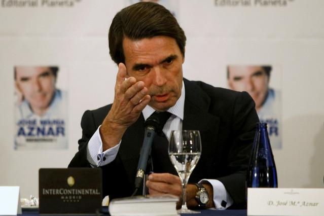"""Aznar dice que """"cuesta un poquito imaginar"""" que Mas no supiera nada de las cuentas de su padre"""