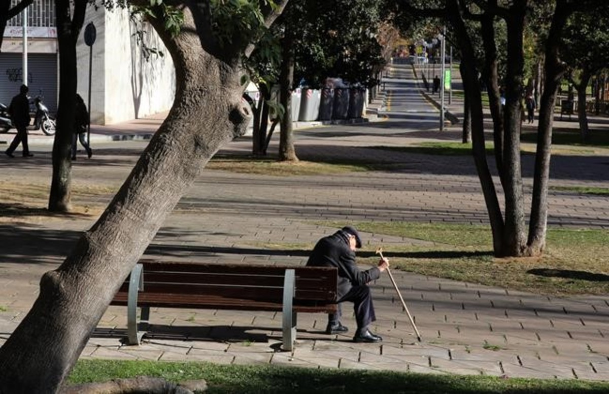 Los pensionistas pierden de media el 26% de sus ingresos al llegar a la jubilación
