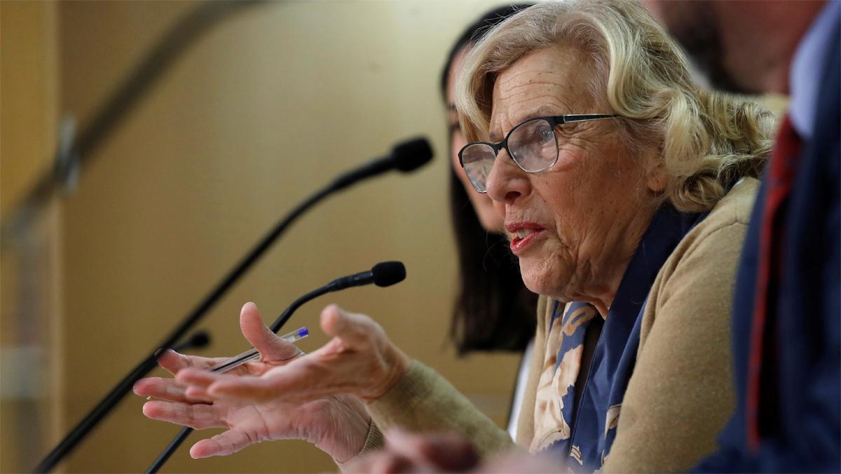 Un jutge investiga insults i amenaces a Carmena en un xat de policies municipals de Madrid